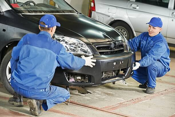 accident repair center thornhill
